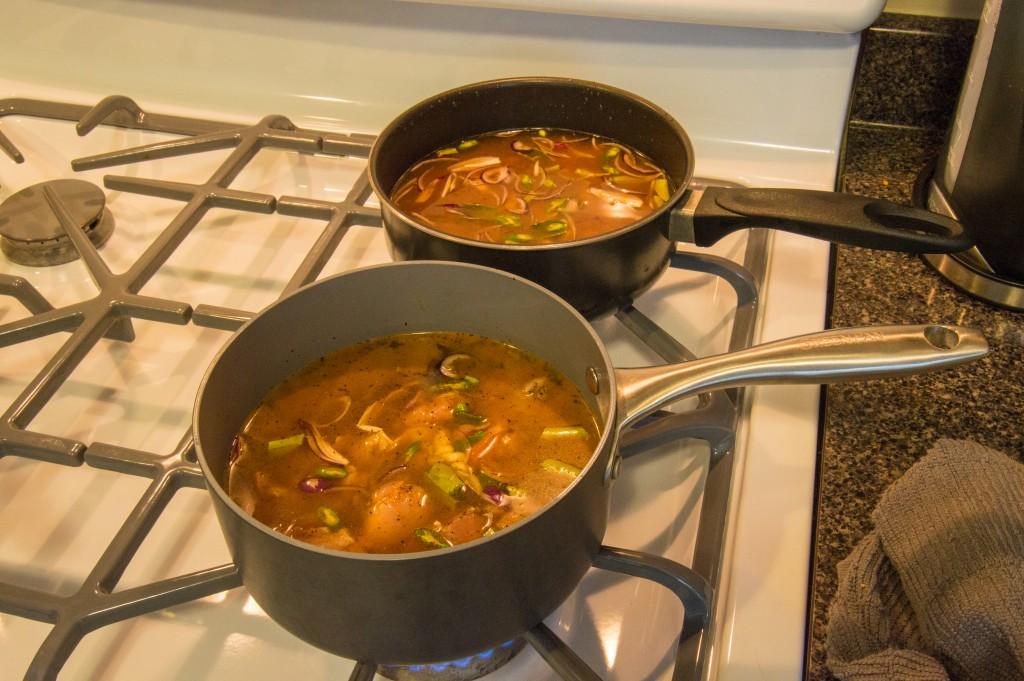 Cooking Sri Lankan curry | thefoodiemiles.com