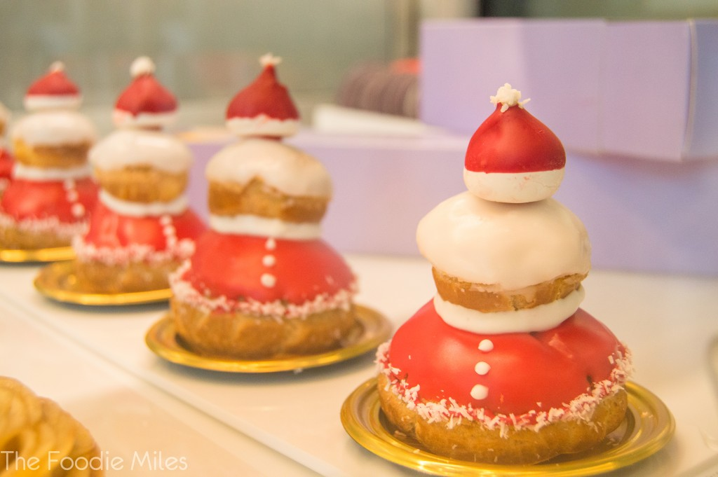 Dominique Ansel Christmas pastry | thefoodiemiles.com