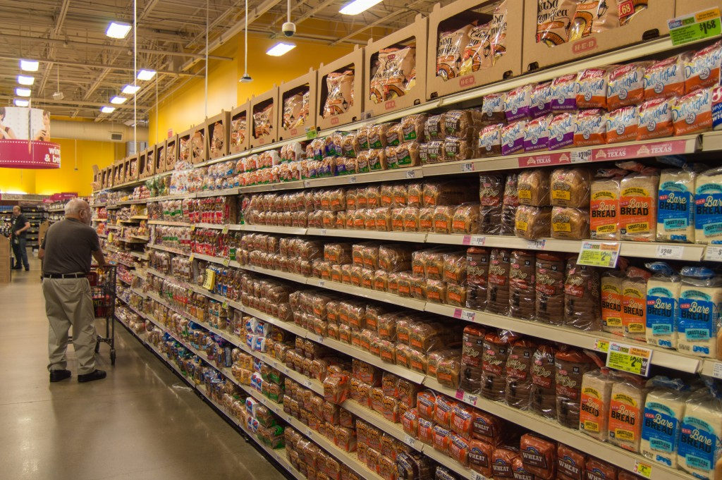 choice of bread in american supermarket