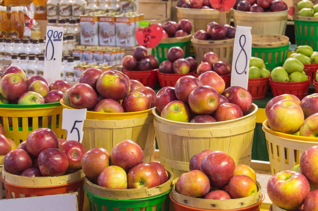 Apples at Jean Talon Market