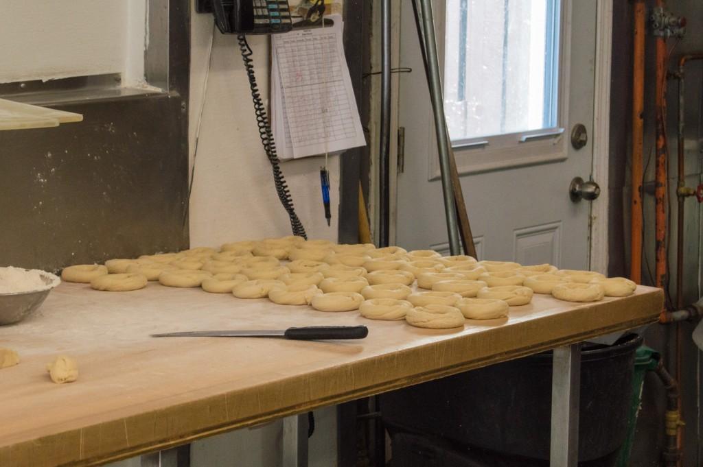 Bagel making process at St-Viateur