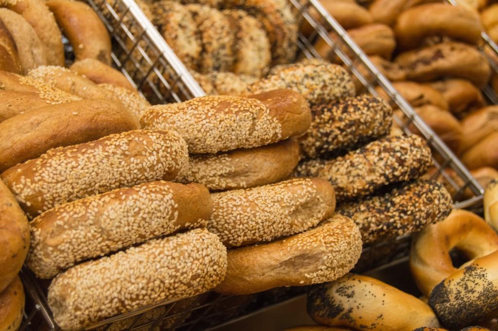 Fresh bagels at St-Viateur