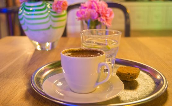 How to drink turkish coffee