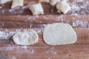 pelmeni-dough