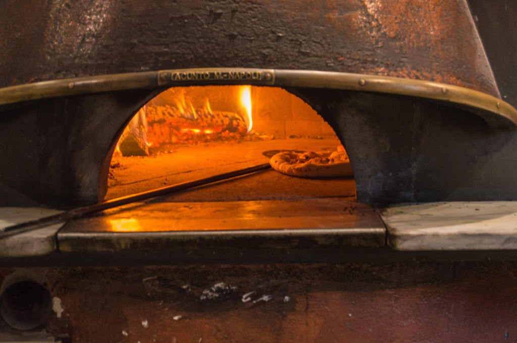 wood_fired_oven_in_MAST