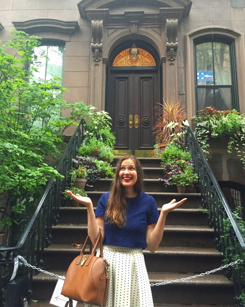 in front of Carrie Bradshaw's apartment NYC