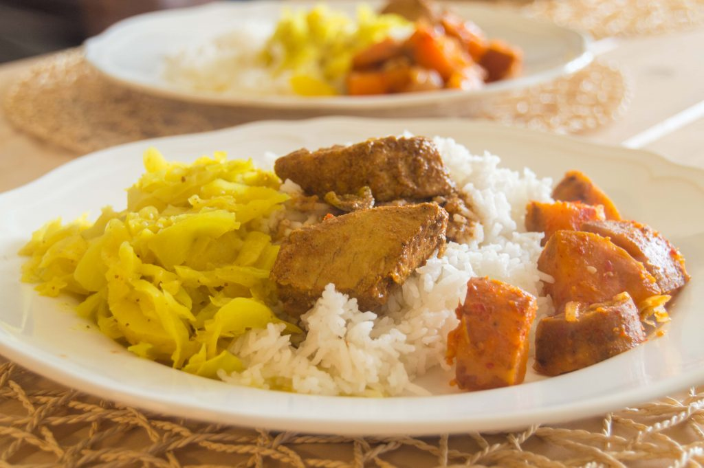 sri-lankan-rice-and-curry