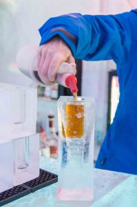 ice hotel in quebec drinks