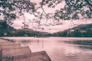 kandy city lake