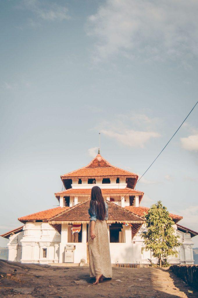 храм ланкатилака