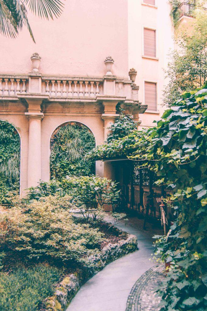 milan-courtyard