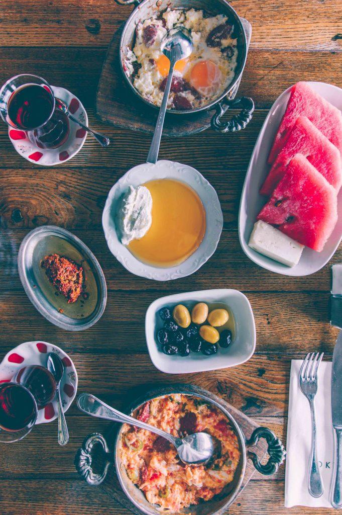 traditional-turkish-breakfast-istanbul