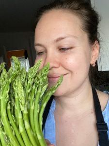 Yulia-asparagus