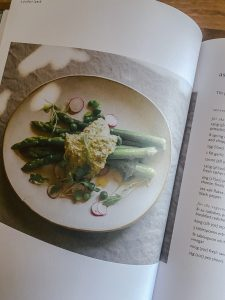 asparagus-with-pistachio-pesto