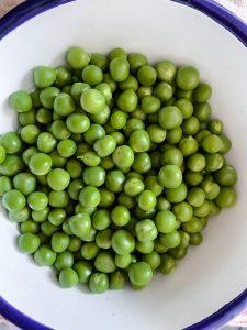 green peas season