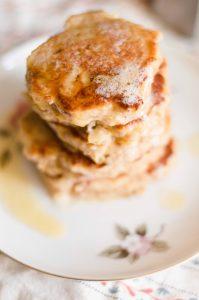 apple-oladushki-with-melted-butter