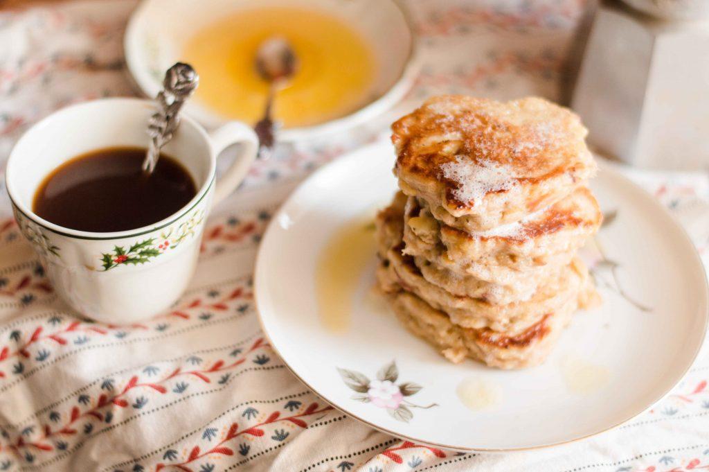 apple-oladyi-russian-cuisine
