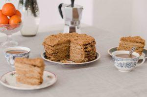 bears-cake-slice