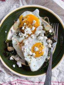 eggs-with-kale-garlic-feta