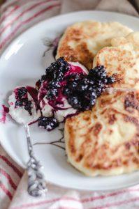 russian-breakfast-sirniki