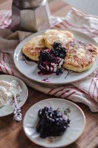 russian-sirniki-with-jam