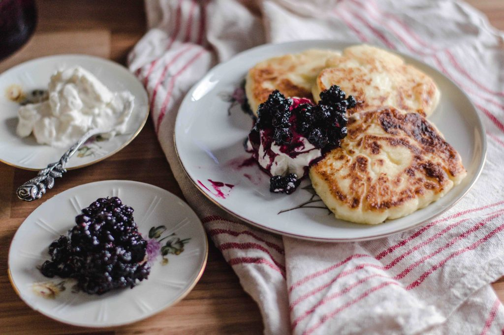 sirniki-with-jam-sour-cream