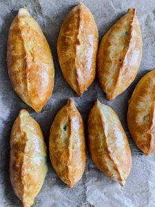 pirozhki-with-spring-onion