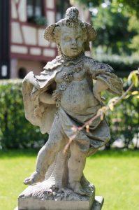 statue at Hesperidengärten